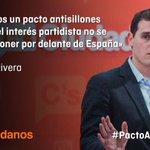 """.@Albert_Rivera """"Los españoles tienen demasiados problemas como para estar pendientes de sillas"""" #PactoAntisillones https://t.co/7gVhE31TeM"""