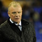 Club statement: Steve Evans - https://t.co/g4PFicWiDa #lufc https://t.co/zh3M2nWzoE