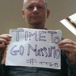 """We want our club back massimo. .thanks for the """"memories"""" post a pic for massimo to go #TTGM #LUFC https://t.co/MjX3UhxxoS"""