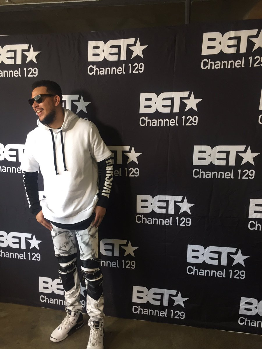 The talented @akaworldwide talking to @eNCA and @BET_Africa this morning. We can't wait for his performance in LA https://t.co/F6SPiFc9f4