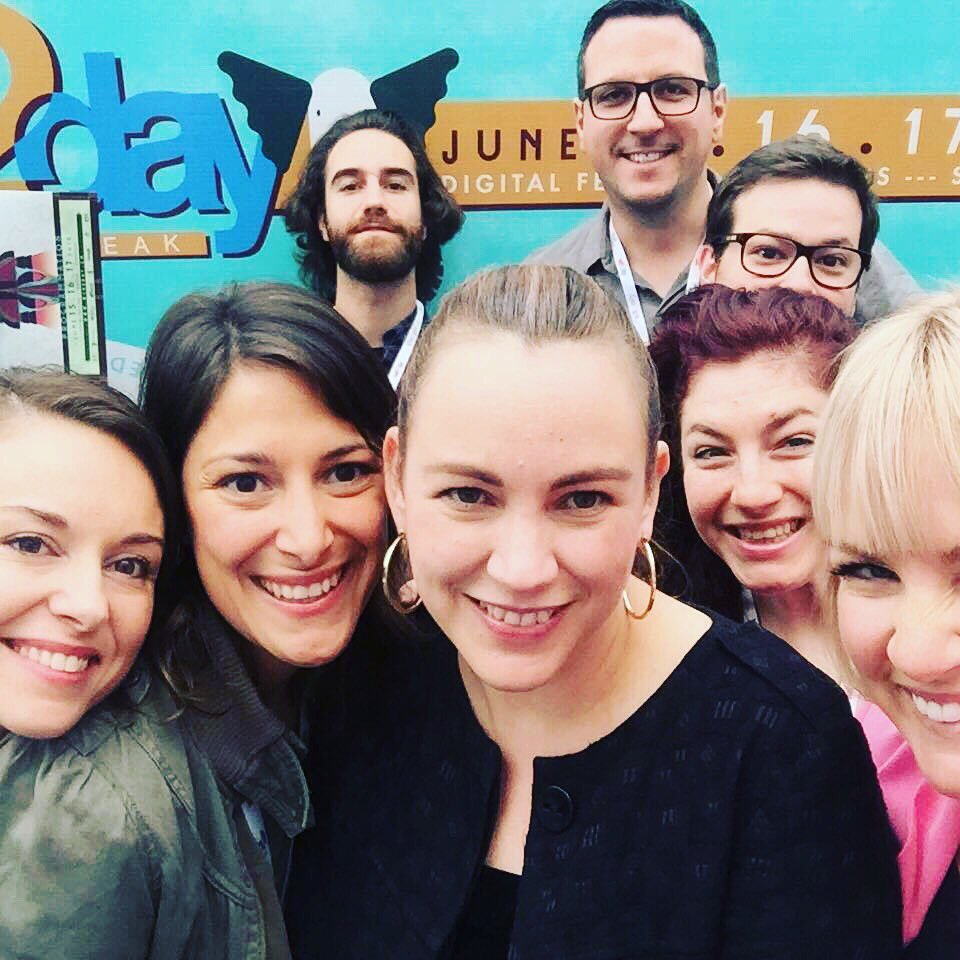 Les femmes numériques de Québec avec Axelle Lemaire ! Et quelques gars aussi #quebec #nantes #web2day @femmesalpha https://t.co/MxFWbZAdVA