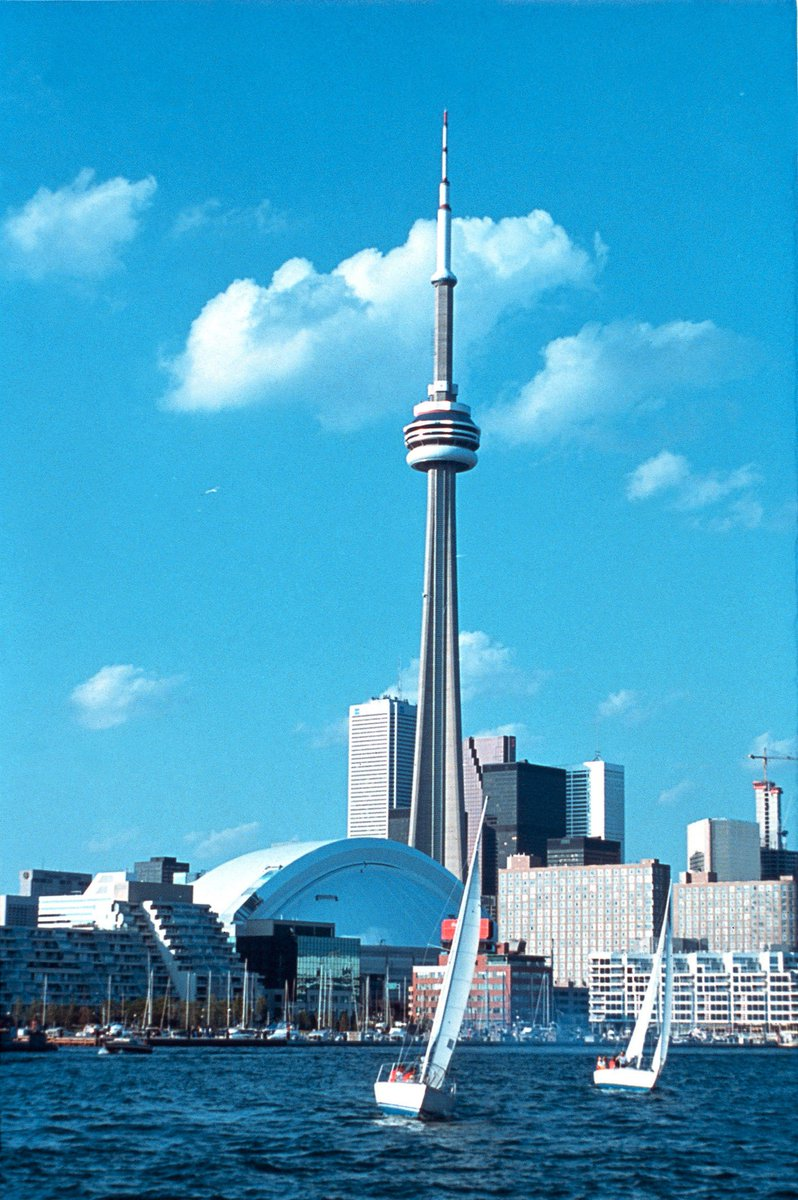 Fly direct from Manchester to Toronto with Air Canada Rouge this summer!