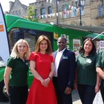 I also welcomed the @macmillancancer information bus to Batley & Spen, helping local people affected by cancer https://t.co/BRF02pd239