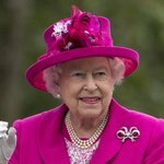 Thousands brave rain for queen's 90th birthday picnic