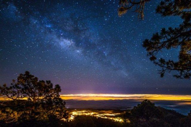 """""""E quando você quer alguma coisa, todo o Universo conspira para que você realize seu desejo."""" ~Paulo Coelho #quote https://t.co/GJJ8yF0FLo"""