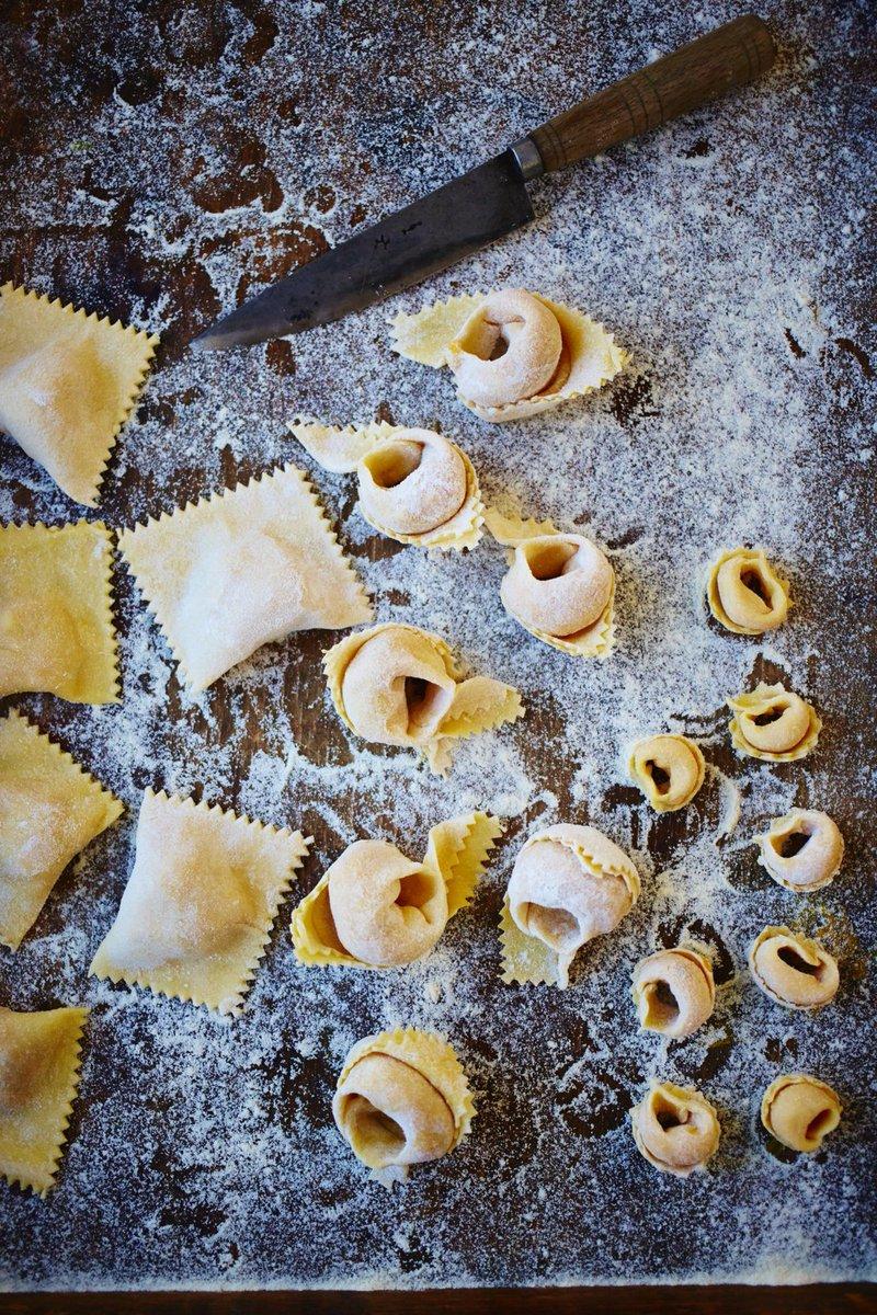 RT @JOCookerySchool: The ULTIMATE #Italian treat! Dust off that flour & put your #pasta skills into practice: https://t.co/TweKMNtbKx https…