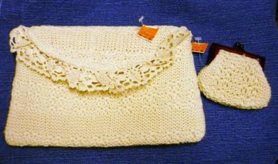 'NWT Woven Clutch Handbag 7x11x1 Off White Plus Change Purse' via @ebluejay - https://t.co/KqBCjMP2AM https://t.co/iajy9RM8dU