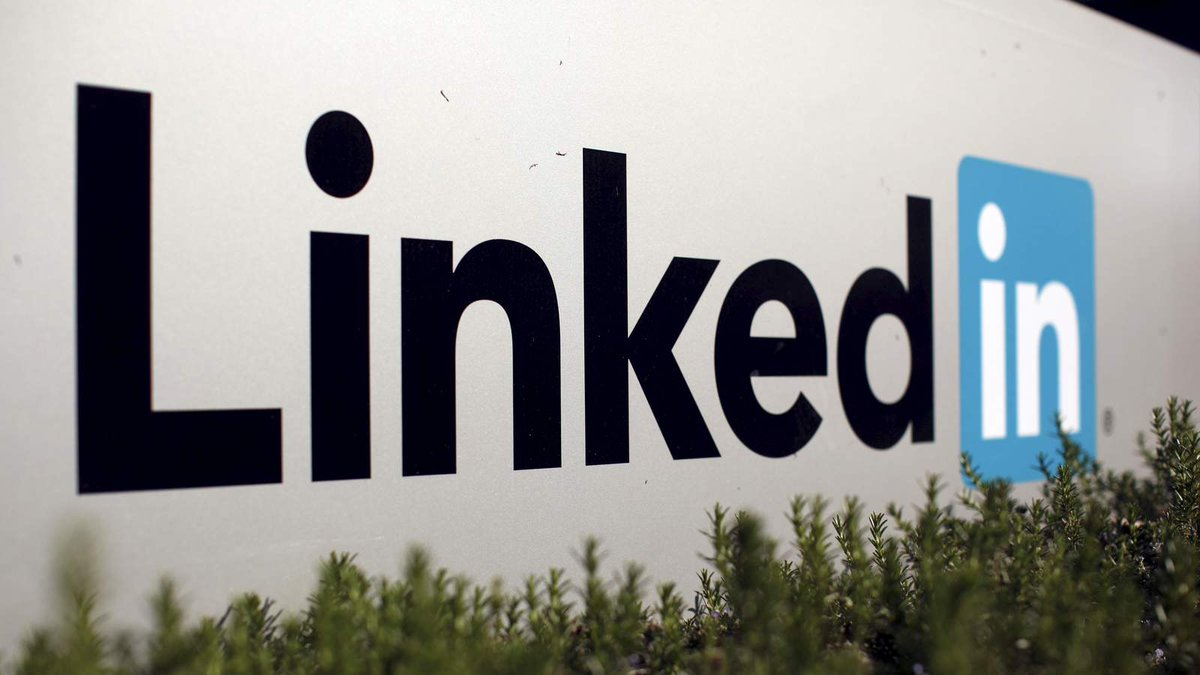 Microsoft To Purchase LinkedIn For £18.5bn https://t.co/qWFHnBnJrB https://t.co/XZsYrfkE0R