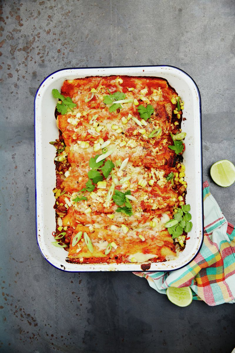 This Mexican-inspired #MeatFreeMonday recipe is super comforting: https://t.co/h1XhCT8nRY #RecipeOfTheDay https://t.co/XYNE1nhg8P