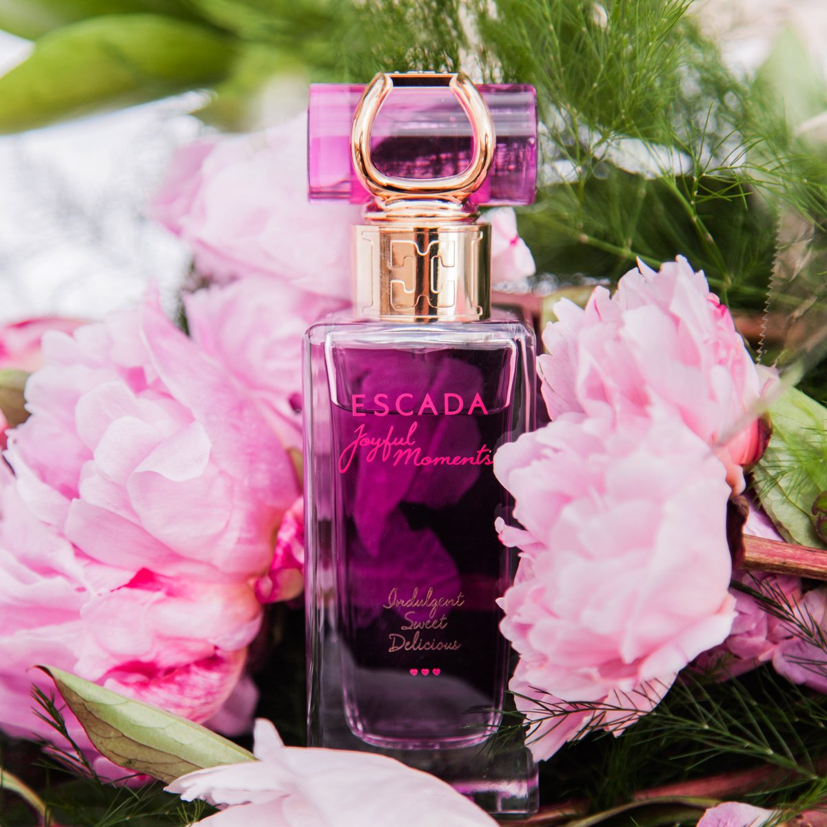 Flowers & perfume are great Thank You gifts! My faves are peonies, also a key note in #EscadaJoyful. Perfect combo! https://t.co/6PBwhDx4f5