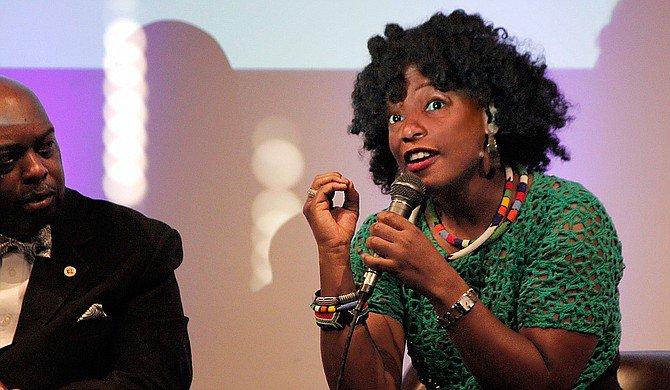 Actress Aunjanue Ellis: Mississippi Flag Damages African American Community https://t.co/oikSNd2EgG https://t.co/4zVZec7xks