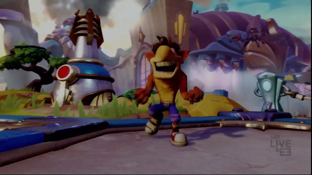 Crash Bandicoot is coming to PS4. This is not a drill, people! #SonyE3 #E32016 https://t.co/M28oJWOGQr