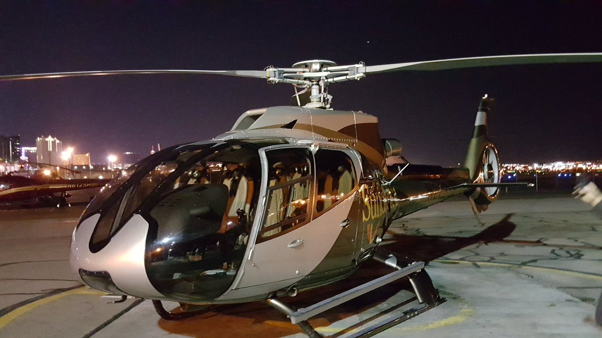 Getting ready for my @SundanceHeli tour over the Riviera implosion https://t.co/PsmttmZVuF