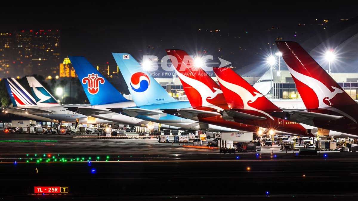 RT @BOACLtd: Great shot by Jan Jasinski of variety of int'l tails at @flyLAXairport