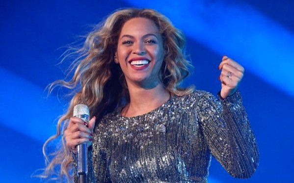 Beyonce Fans Raise More than $82,000 for Victims of Flint WaterCrisis https://t.co/z0RkB5eb1d https://t.co/4tPT3FvVZB