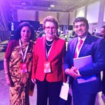 RT @ravikarkara: .@BillieJeanKing Legend investing in #YoungWomen #Leadership @MirzaSania @usta @WTA @PattyArquette @PamelaFalk https://t.c…