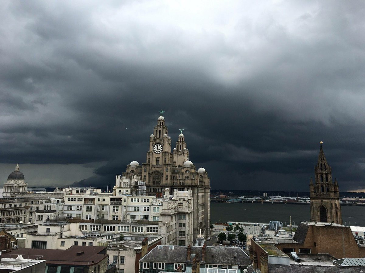 Liverpool now.   Waiting for Dementors. https://t.co/EU14y0ftdr