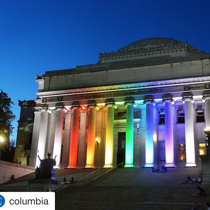 The columns at Low Library @columbia are lit up in honor of the victims in Orlando #pride #prayersfororlando #nbc4ny https://t.co/BaHzeYYJgt