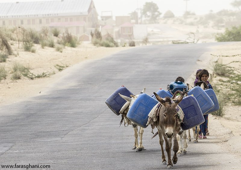 Think before u waste. These people spend half their lives collecting water, often walking 6-8km several times a day https://t.co/eVaefUVxhU