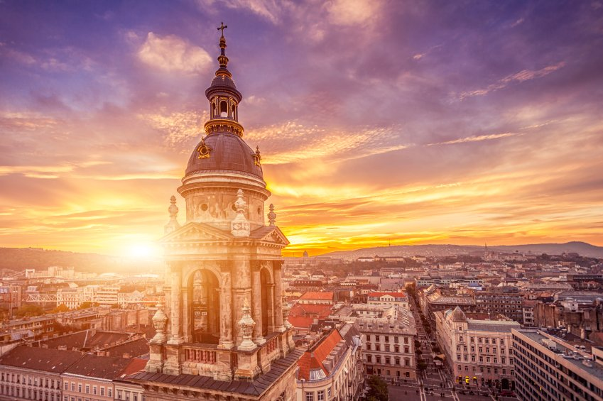 Budapest for under a tenner? Yes please! Book your next trip with