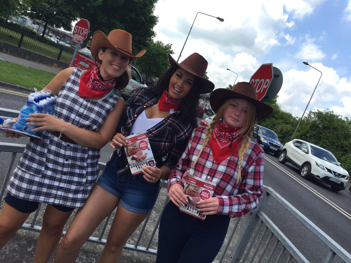 Stopping traffic with our Cowgirls & Cowboys!  Promoting a Half Price Steak & Wine sale starting today!! https://t.co/DtYxb3pzHU