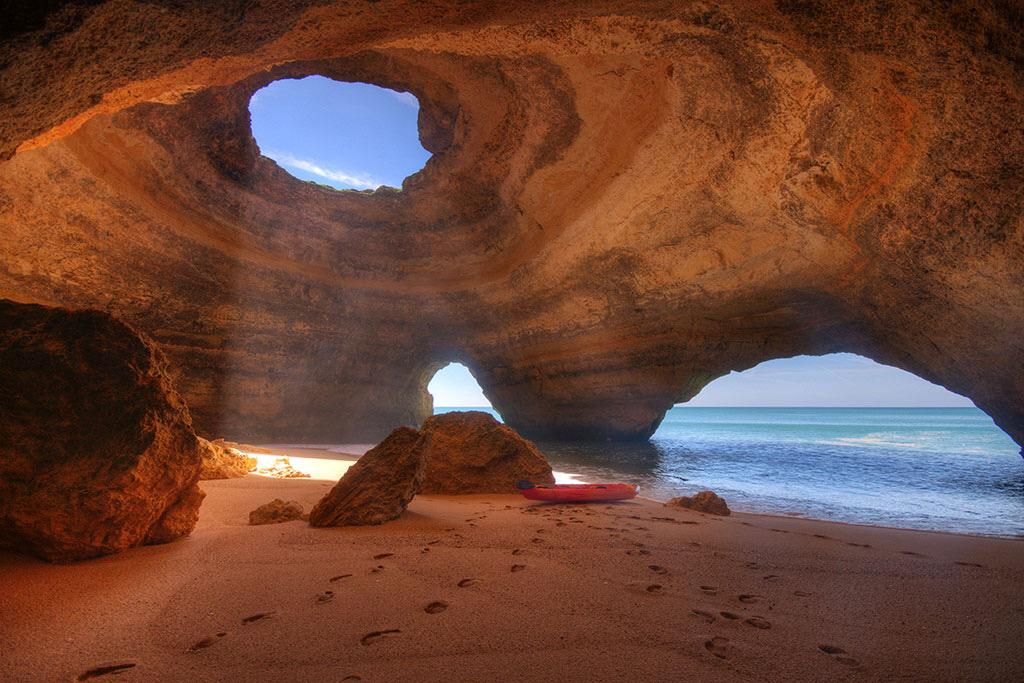 Sea Cave in Algarve, Portugal | Photography by ©Markus Fleute https://t.co/oTidq9I4xf