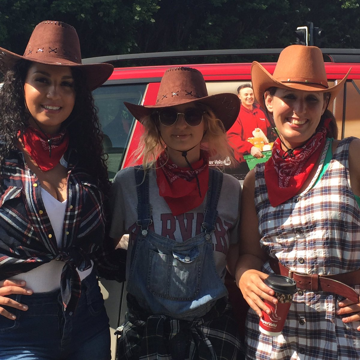 See out Cowgirls out and about? Get a picture of them, tag us and your in the draw for the summer hamper!#foodkarma https://t.co/mBCv32Dyyz