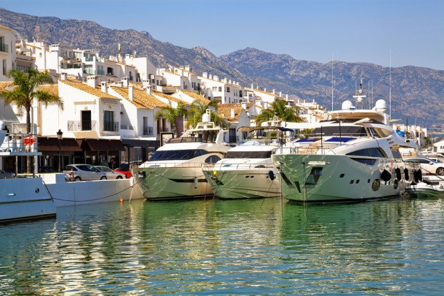 Experience the yachty luxury atmosphere of the CostadelSol's Puerto Banús: @TIBUMarbella