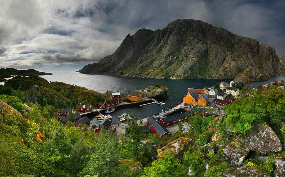 Small Fishing Village, North Norway | Photography by ©Moro https://t.co/jue820ynkR