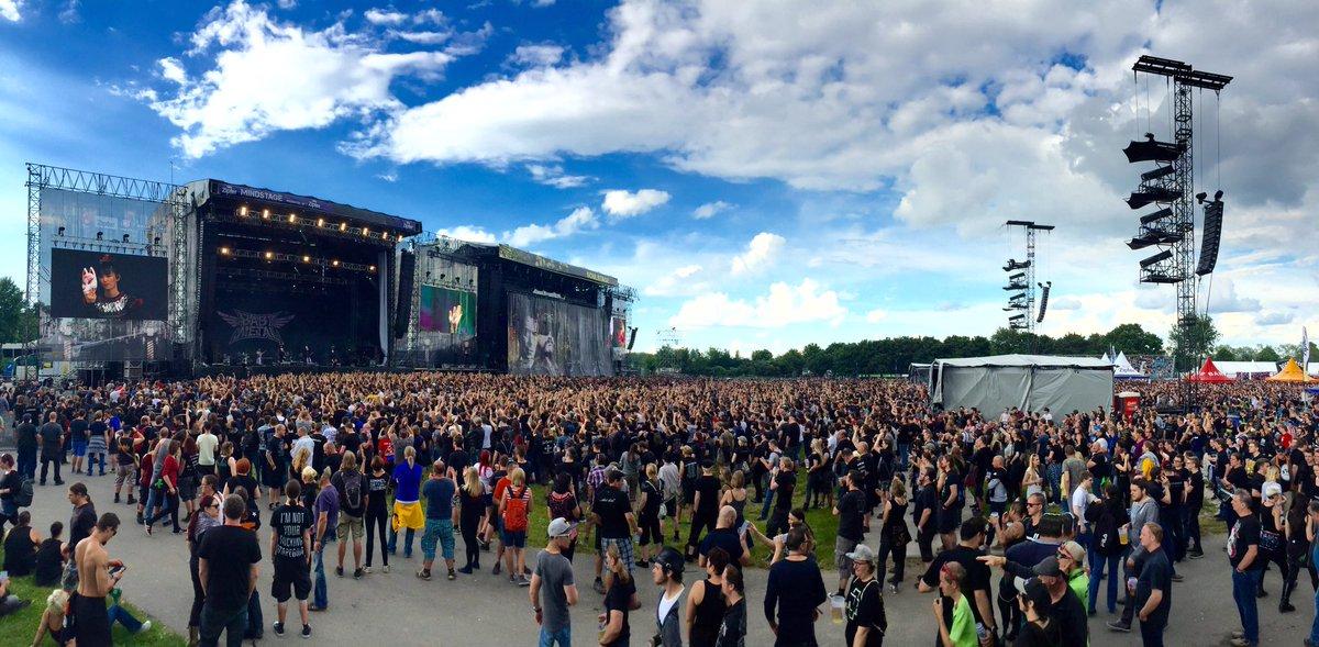 オランダ初公演のBABYMETAL、歌唱力と表現力の豊かさで若年層を虜に!神バンドは超絶テクで往年メタラーを魅了!惜しみない拍手が送られる©2ch.netYouTube動画>89本 dailymotion>1本 ->画像>163枚