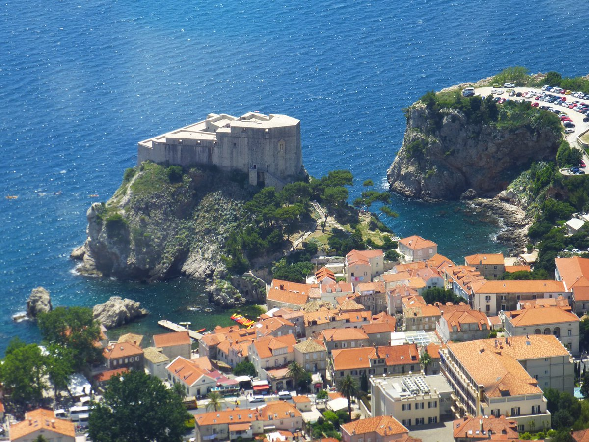 Must get there! @CraigSearle1 exploring Dubrovnik Croatia wonderful city https://t.co/Zx7EeaAIxC