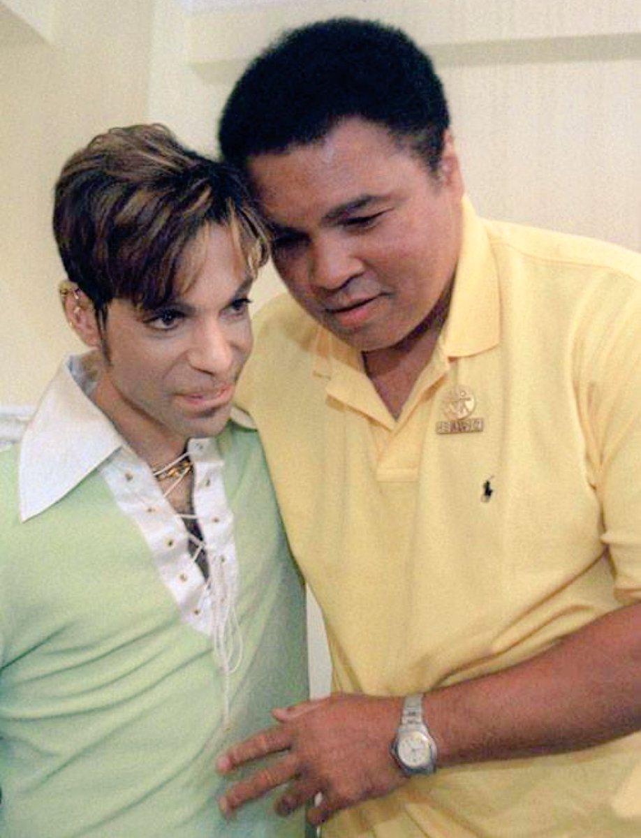 Poignant pic via RT @hollyrpeete: Prince and Ali.