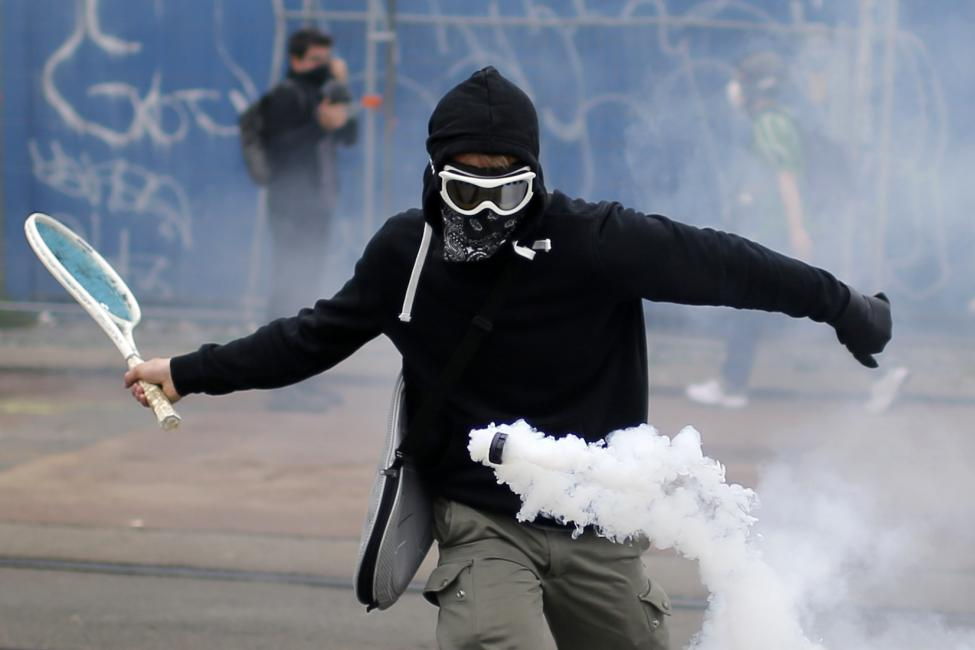The French just riot better, simple as that. https://t.co/GezdwoBBzX