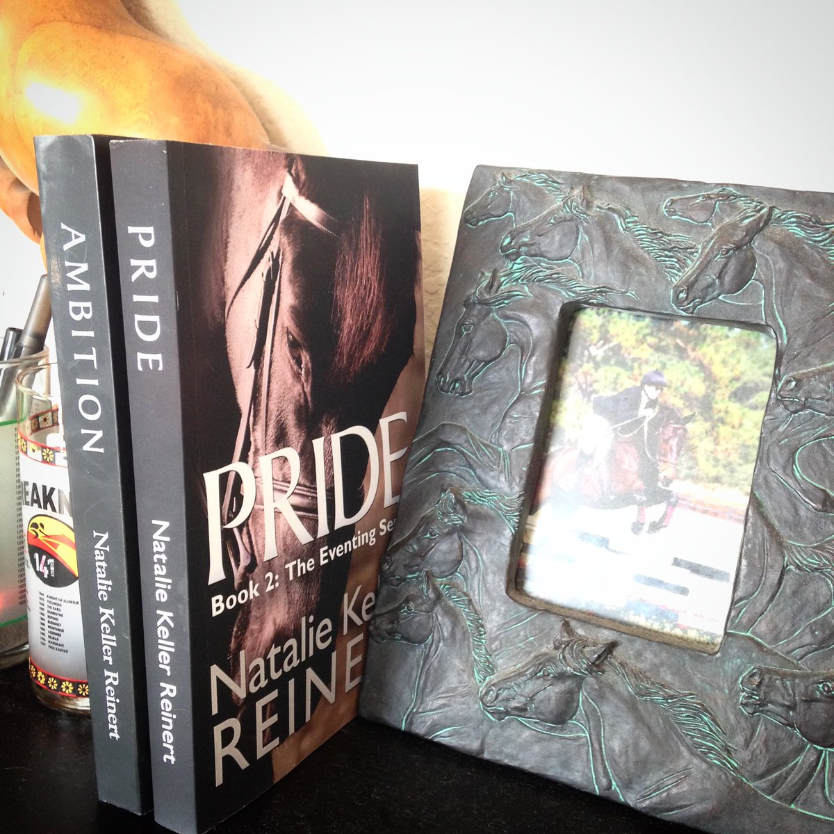 Put some #Eventing on your shelf. Pride: https://t.co/qEMVrQTkAO #horsebooks #equestrianhour #horsehour https://t.co/igmkDvFWYd