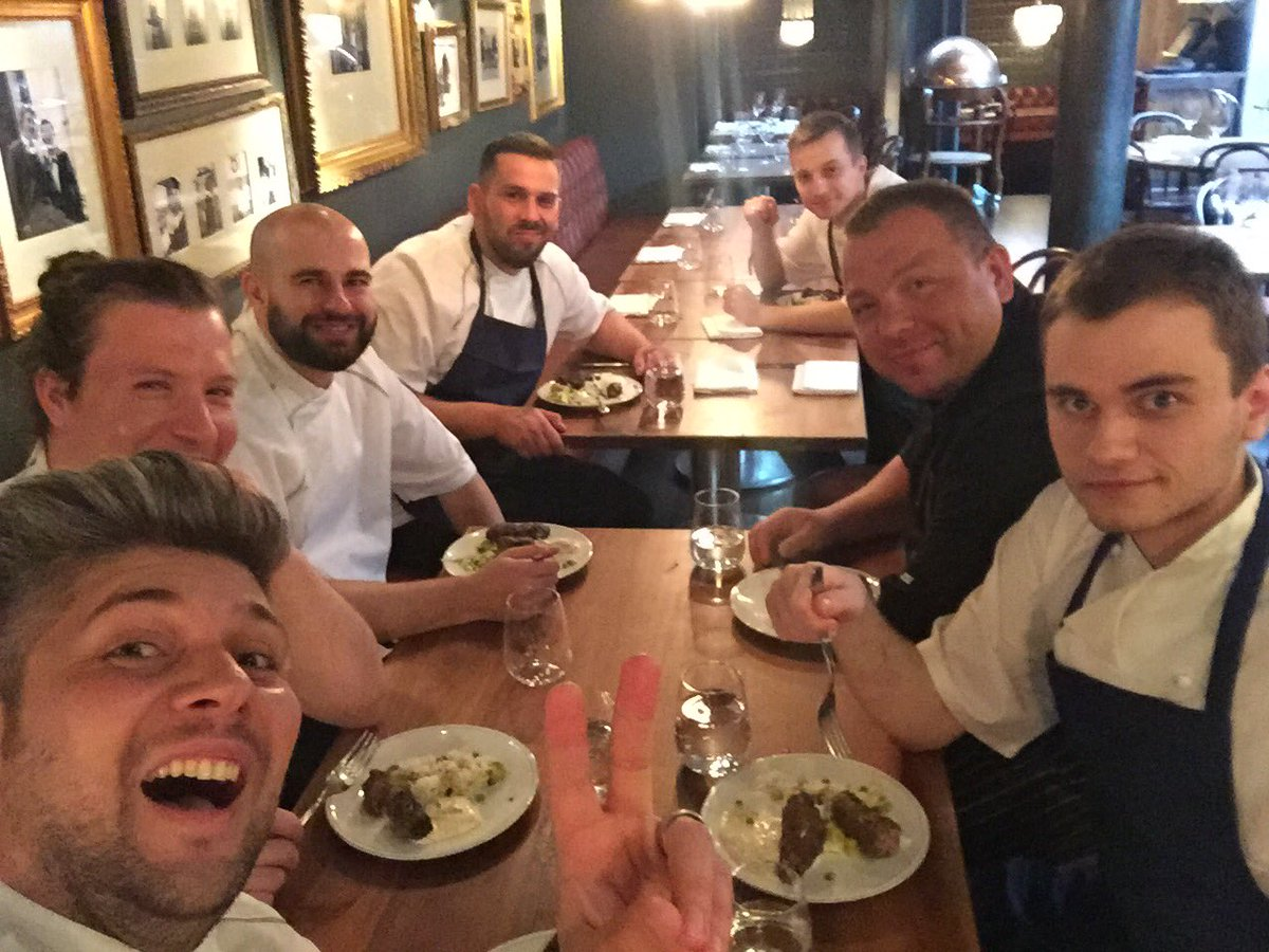 RT @ChefConsultant: Huge Thanks to @JamiesFifteen for amazing hospitality! Tradition meets traditions! Chefs for chefs #PolishFeast ✌️✌ htt…