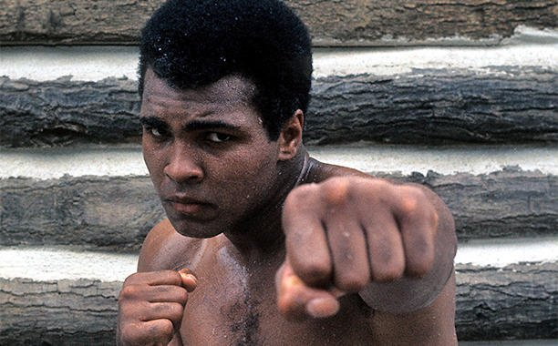 Bill Clinton, Bryant Gumbel and Billy Crystal to deliver eulogies at Muhammad Ali's funeral:
