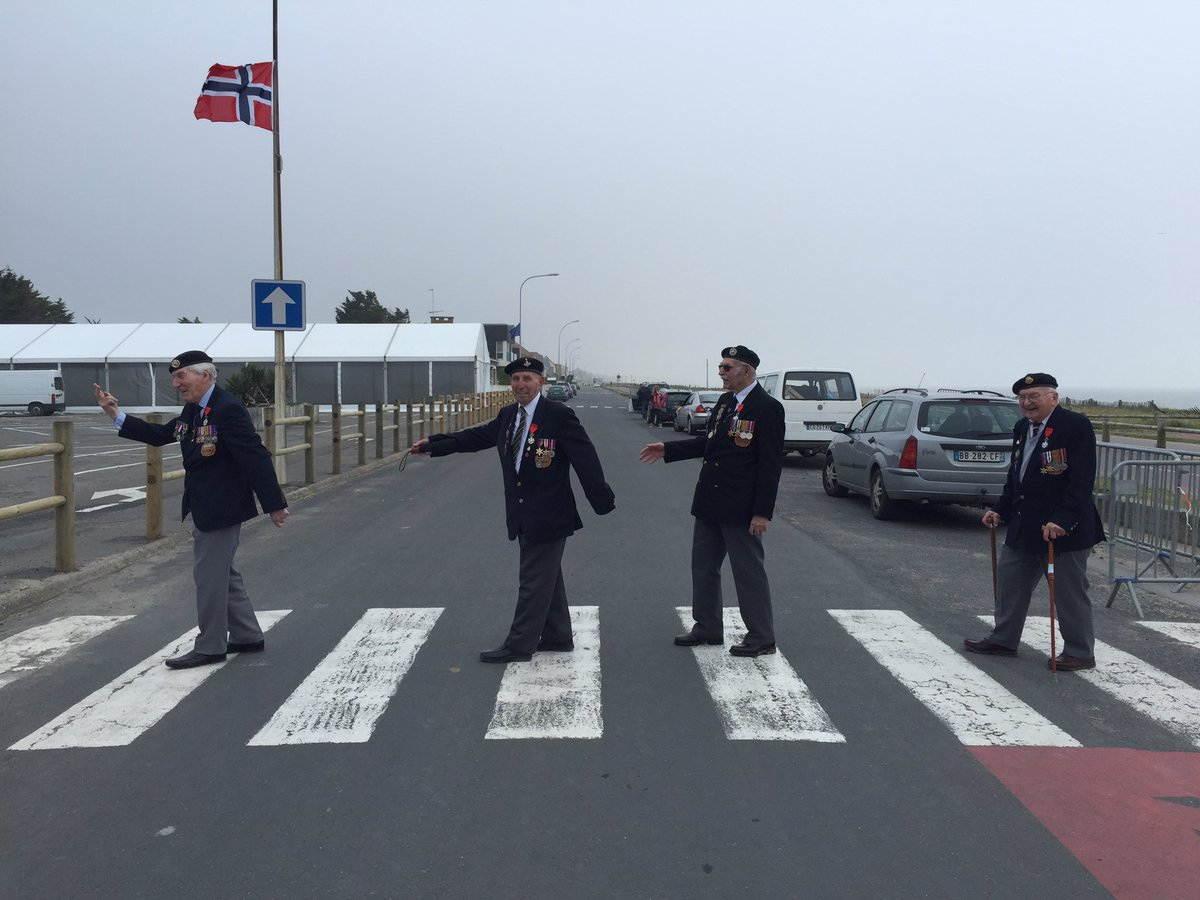 York #Normandy veterans make #DDay72 tribute to the @thebeatles at Sword Beach plse RT https://t.co/uJE5IEchoP