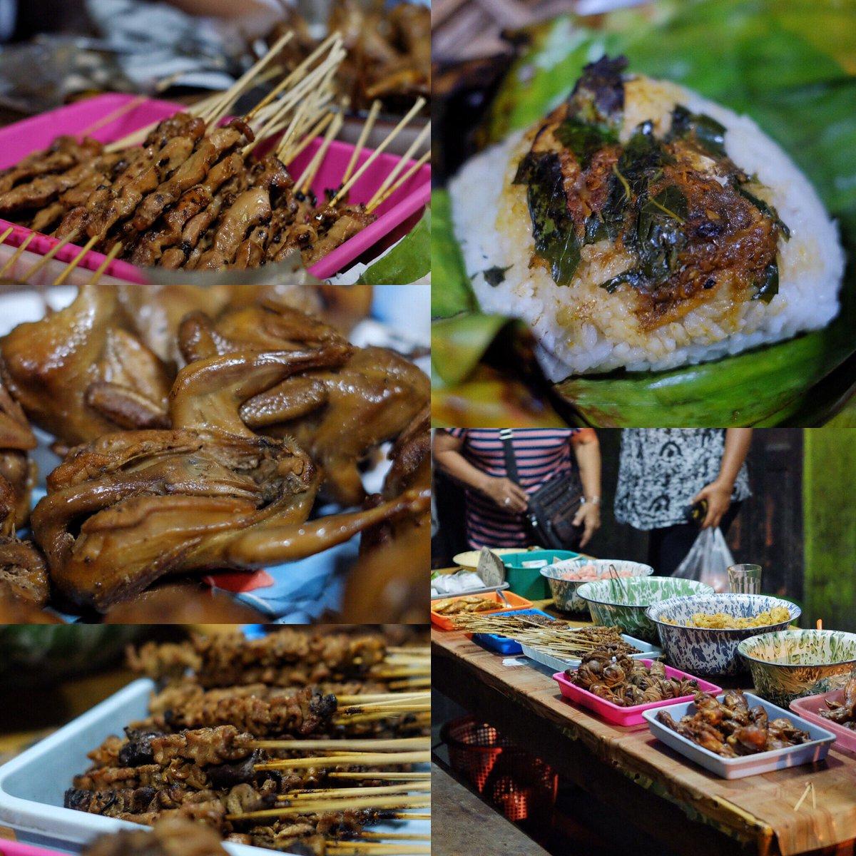 #SahurDiJogja , day 1 , angkringan nganggo suwe , buka sampai jm 3  Nasi Bakar, Puyuh, well https://t.co/8iSEvMkn3k