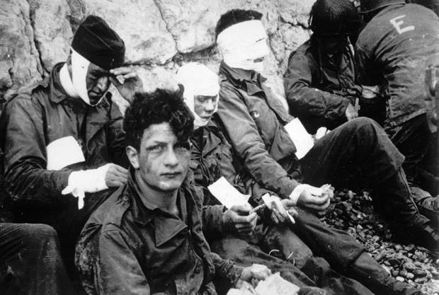 72 years ago, 160,000 Allies landed at #Normandy  on #DDay. The sacrifice of 9,000 gave Allies a foothold in Europe. https://t.co/js4ok8hokC