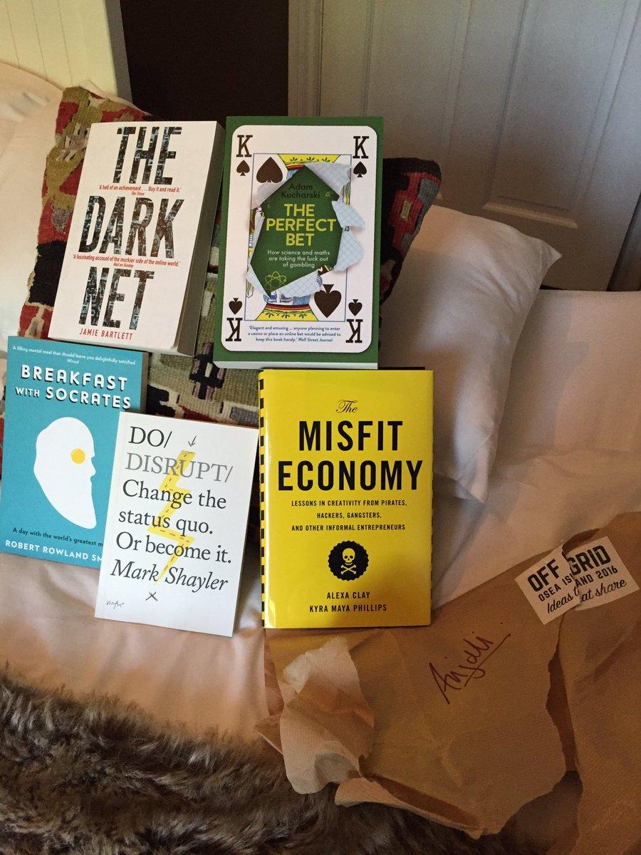 Welcome package @offgridsessions! books by @alexaclay @AdamJKucharski @RRSphilosopher @greenape @JamieJBartlett https://t.co/sT0Cp8w4Hq