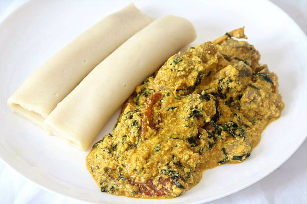 Why didn't they just put the egusi inside the pounded yam wrap, to make egusi shawarma..? https://t.co/uRe0FLcfrl