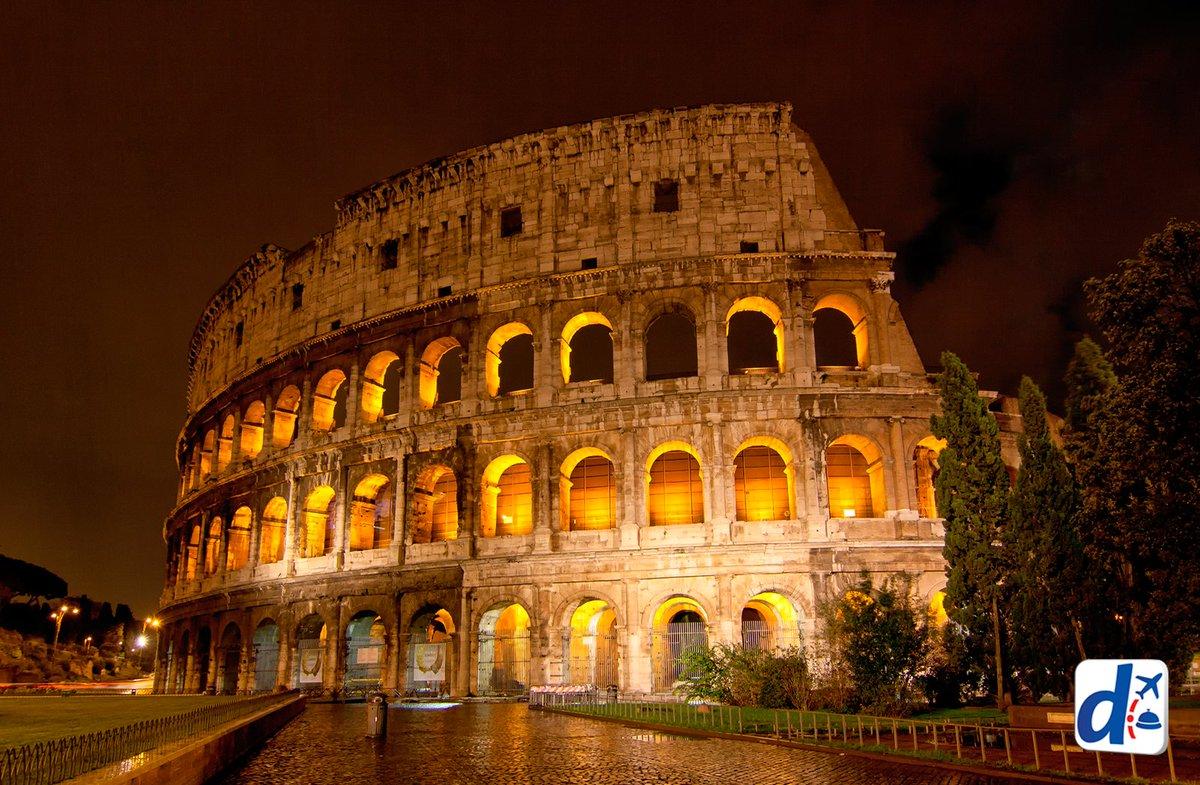 Dale COMPARTIR si te parece que el #Coliseo es la postal nocturna perfecta de nuestra amada #ROMA https://t.co/TVQidU6g3T