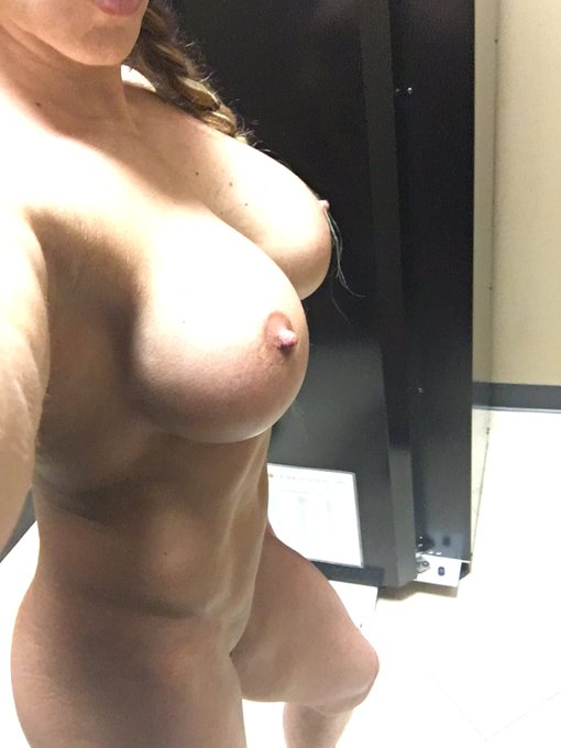 Tittie Tuesday! https://t.co/Bk429hcBFv