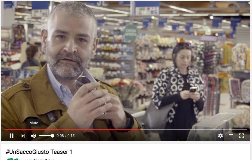 #Gomorra al supermercato... https://t.co/3gYm95teEq dal 9/6 parte la campagna #UnSaccoGiusto di @Legambiente #teaser https://t.co/Evf1rb4eqM