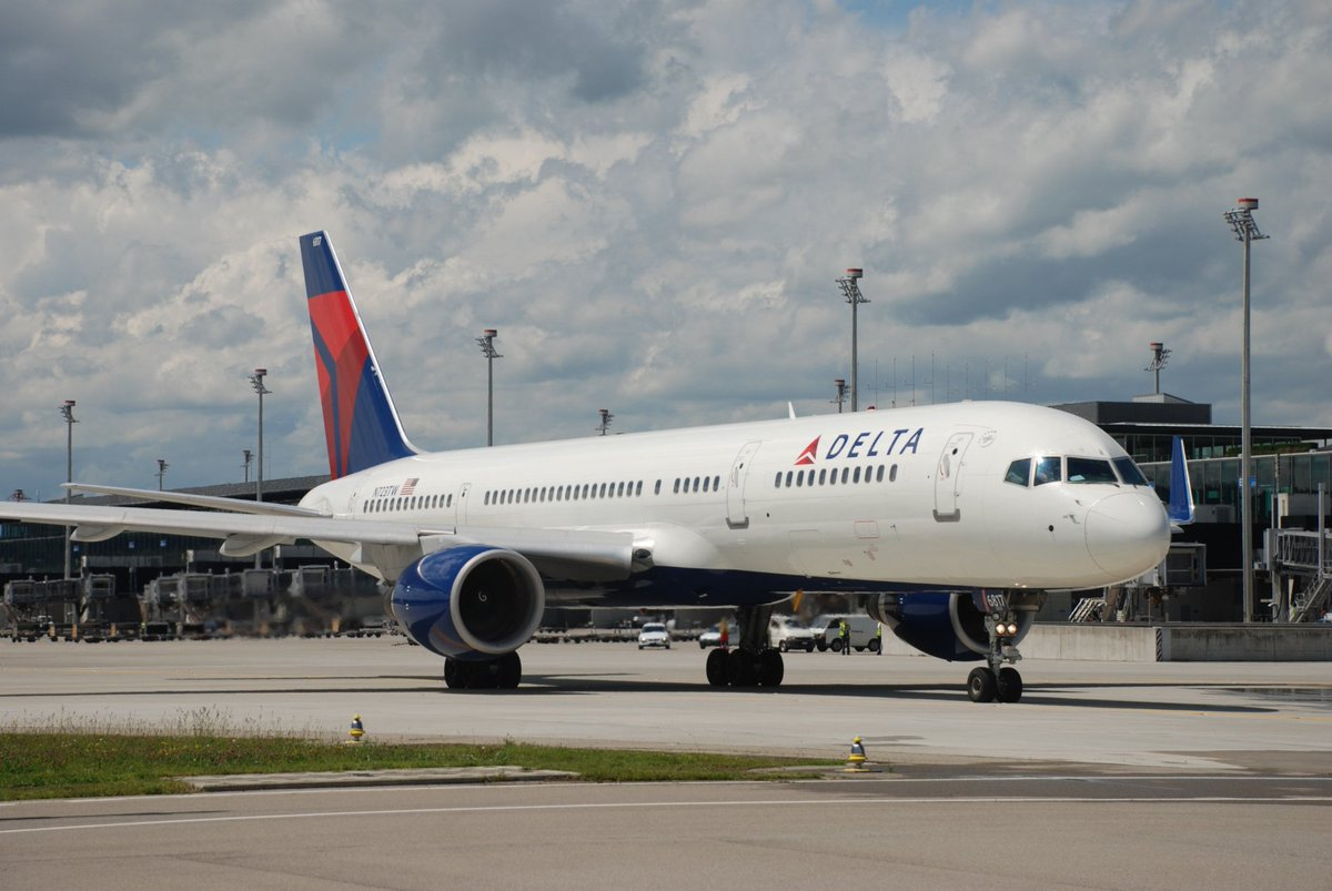 We're thrilled to announce @Delta will launch direct flights to New York-JFK in May 2017