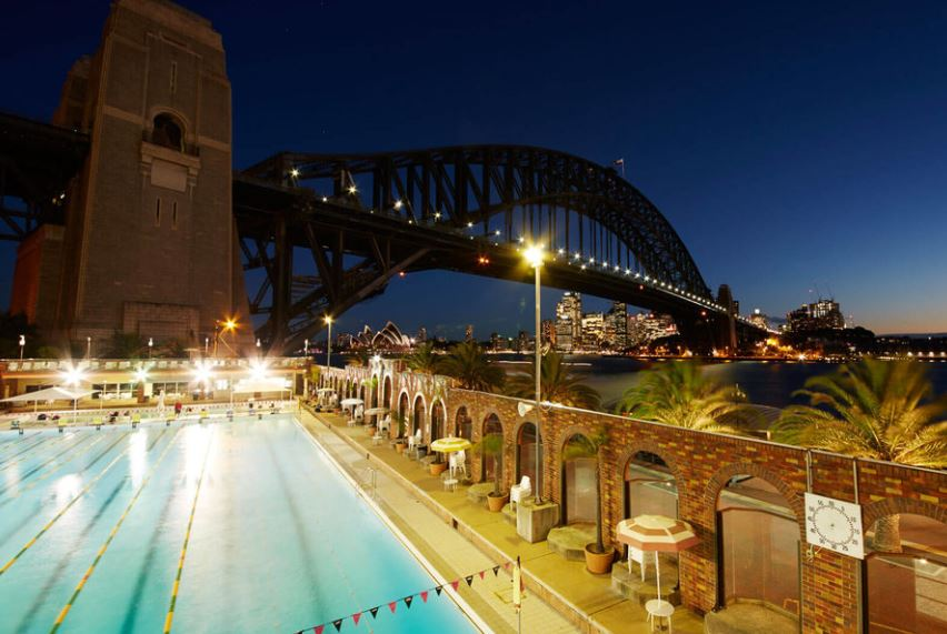 Plating up the top spots to grab a bite in Sydney during Vivid Sydney traveltuesday -