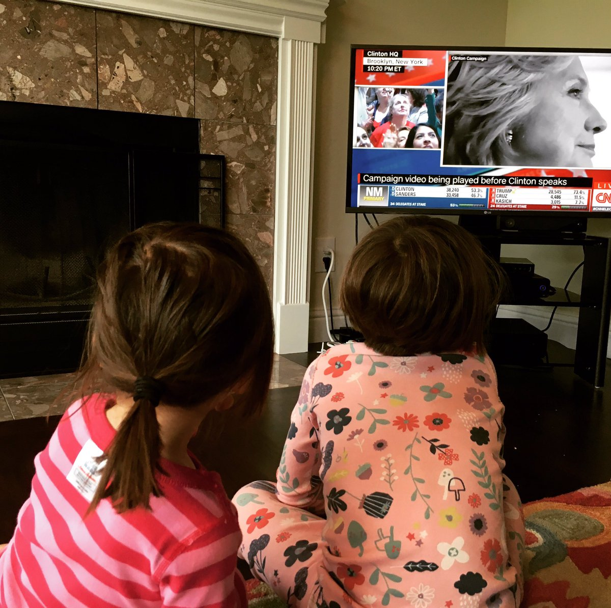 Our girls watching history being made!  #ImWithHer https://t.co/dp1MR5UeBg