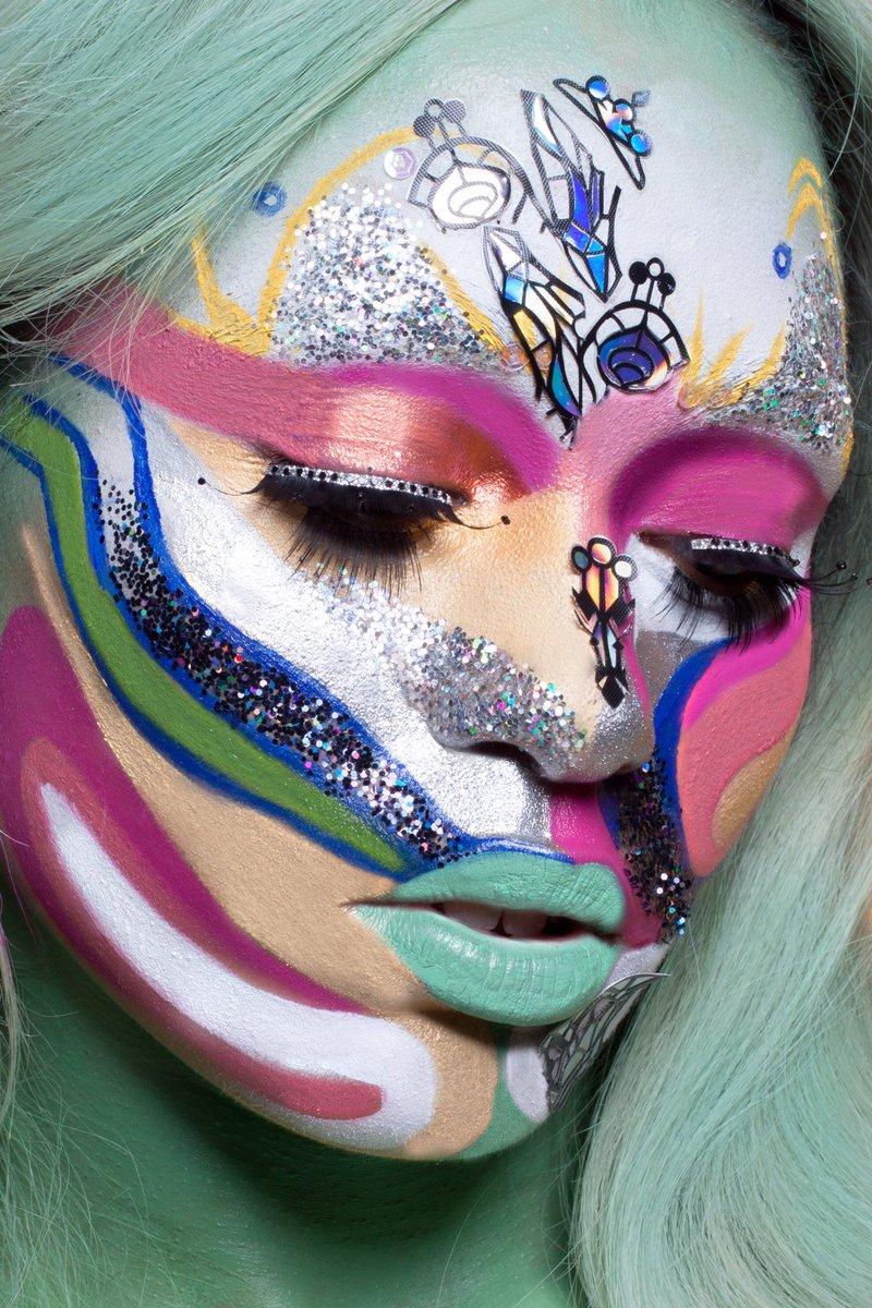 Trippin Over the Rainbow #makeupbynimai  @imLouiseChantal  @_BrandonHicks https://t.co/hohJXZnXGM