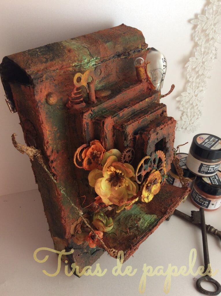 Videotutorial para hacer un objeto decorativo con forma de cámara antigua con efecto óxido