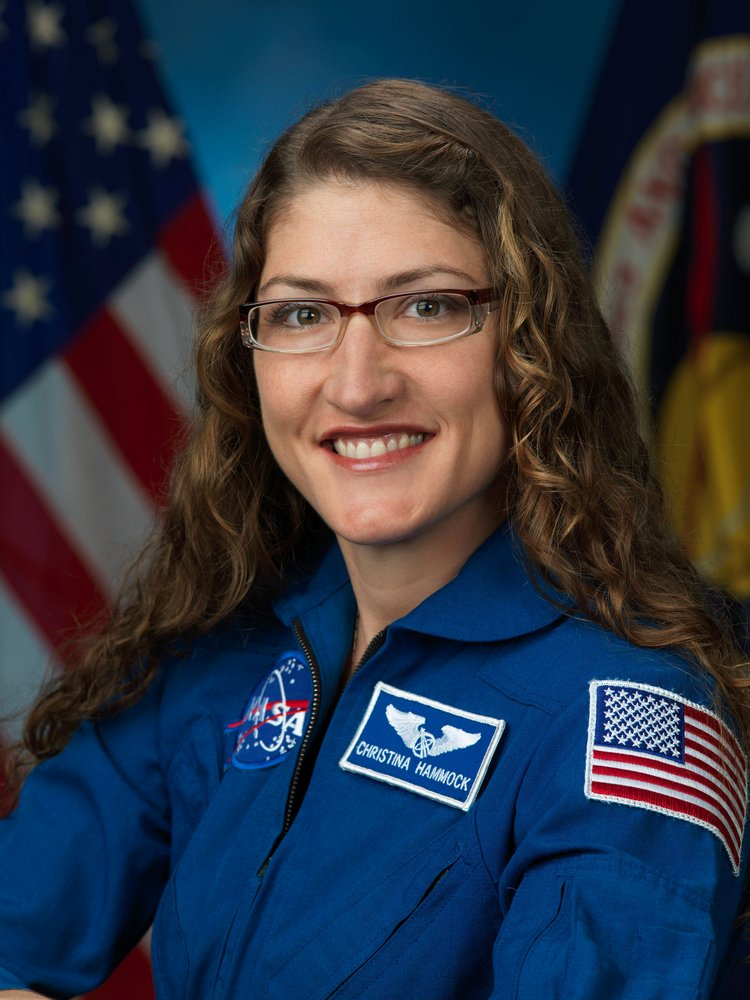 RT @airandspace: TODAY! We're talking with @Astro_Christina at 11 am & 12:15 pm ET: